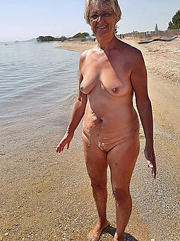 of age lady up ahead beach pussy lips