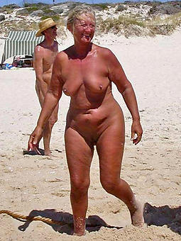 sexy mature on beach free porn
