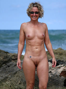 sizzling mature on beach porn peel