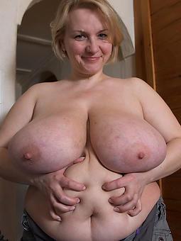 ideal big tits mature moms pics