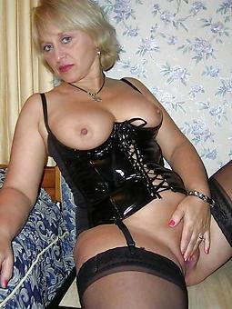 stripped blonde ladies unorthodox porn x