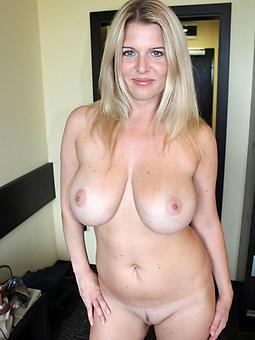sexy mature blonde cunt