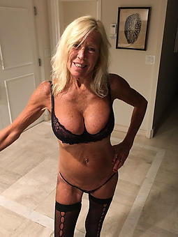 pure mature blonde housewife pics