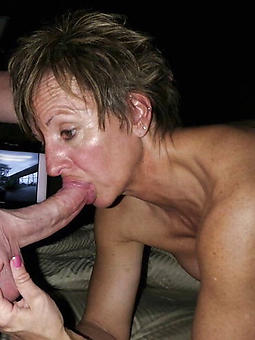 cougar mature ladies giving blowjobs