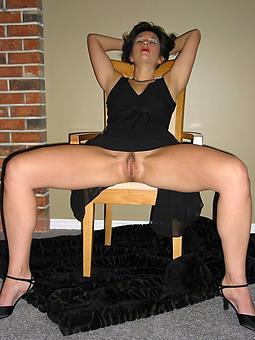 brunette squirearchy amature porn