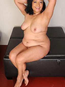 brunette mature milfs amature porn