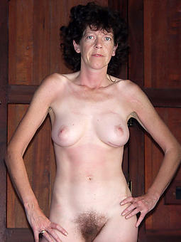 naked mature brunette xxx pics