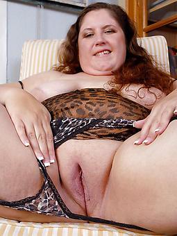 chubby mature prostitute xxx pics