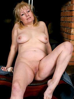 of age gentlefolk arms hot porn show