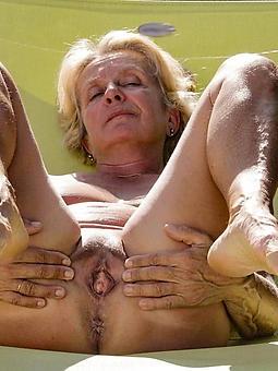ladies feet amature porn