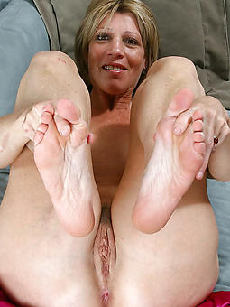 xxx mature feet amature porn
