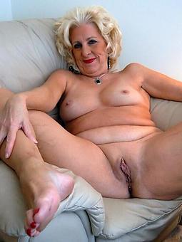hotties matured milf toes pics