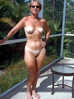 mature nude girlfriends amateur mature pics