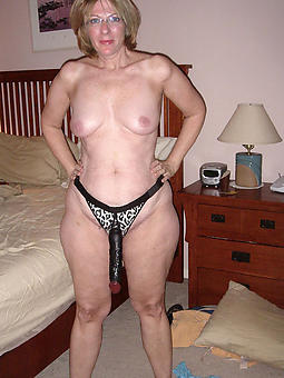 mammy in the matter of glasses hot porn pics