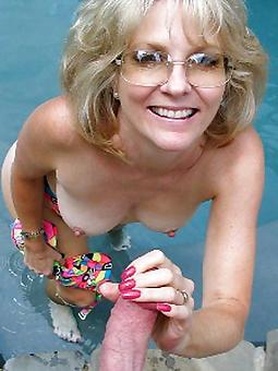 prostitute  ladies everywhere glasses