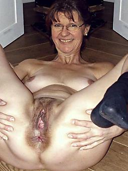 cougar horny grandmas nude pictures