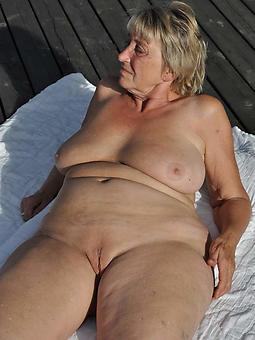 hotties nude grandma pics