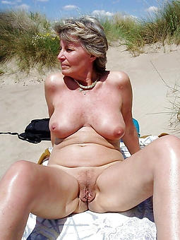 fetching horny granny old lady pics