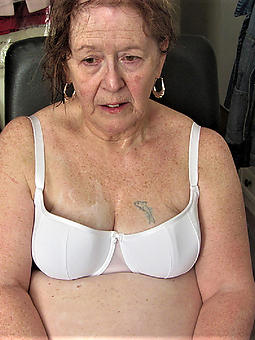 naughty nude unsullied granny photo