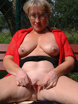 hot old matures porn galleries