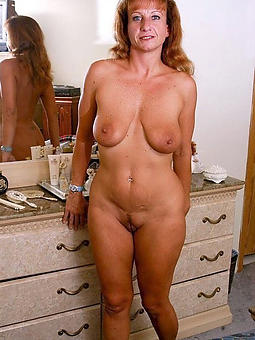 Horny Housewives Pics