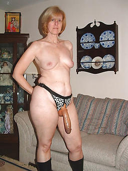 porn pictures of undiluted mature housewives