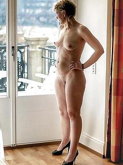 beautiful matured ladies toes porn glaze