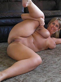 hustler old lady fingertips nude photos