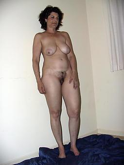 longing legs mature sex pictures