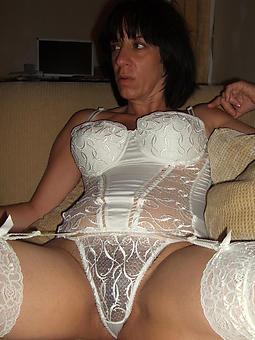 mature lady in lingerie xxx pics