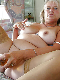 grown-up ladies masturbating xxx pics