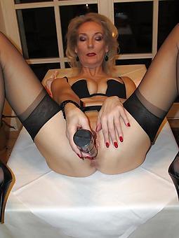 cougar hot ladies masturbating pics