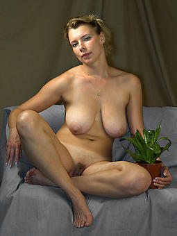 natural full-grown milf ladies nude photos