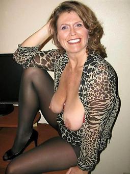 buxom mature mom hot porn carry on