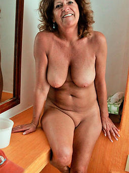 grown up pussy moms amature sex pics
