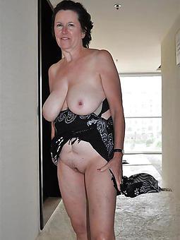 of age moms sucking dick amature sex pics
