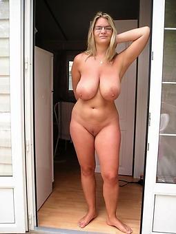 hot lady nourisher seduction