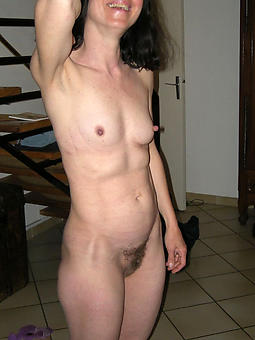 amature lady with big nipples porn pictures