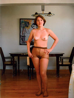 ideal older ladies in pantyhose