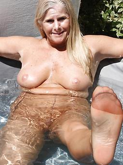 senior ladies fro pantyhose sex pictures