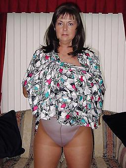 older ladies in pantyhose porn galleries