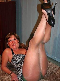 strata wearing pantyhose amatuer