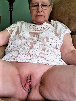 mature squirearchy pussy free porn pics