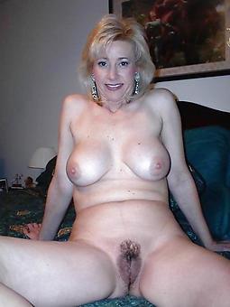 mature milfs pussy pic