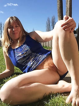 hairy matured upskirts sexy porn pics