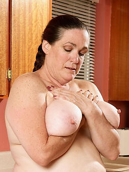 porn pictures of grown up gentry big boobs