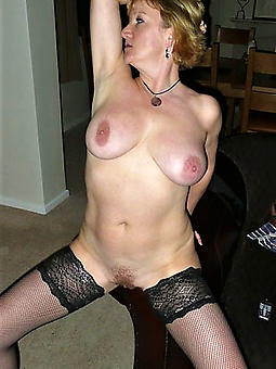 beautiful mature gentry with broad in the beam boobs