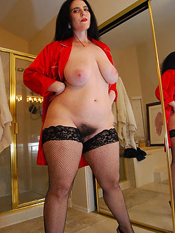 mature strata wearing stockings morose pics