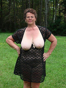 alone mature ladies nudes tumblr