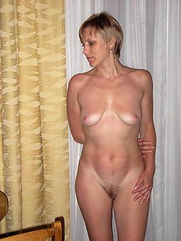 mature ladies solo free porn pics